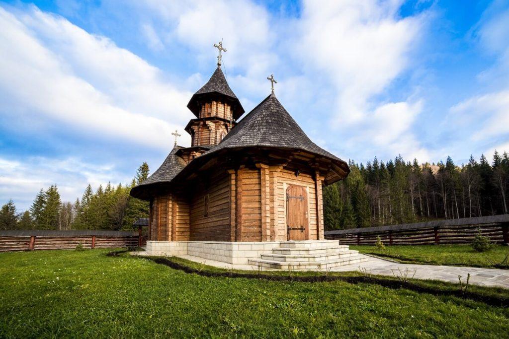 Manastirile din Bucovina - Unul dintre cele mai venerate obiective turistice din Bucovina