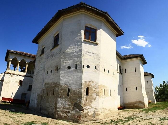 Cetatea Comanei