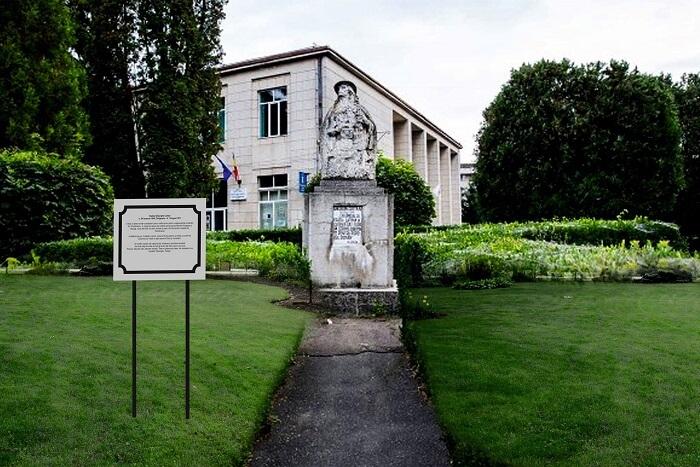 Statuia lui Badea Cartan