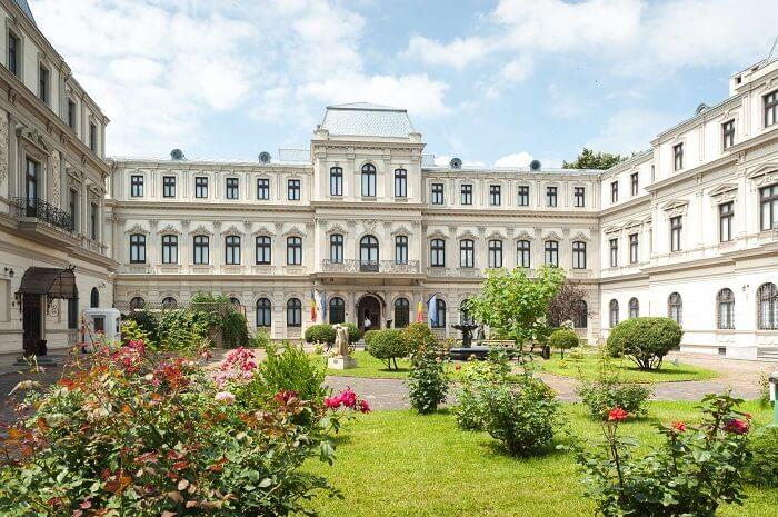 Muzeul Colectiilor de Arta din Bucuresti