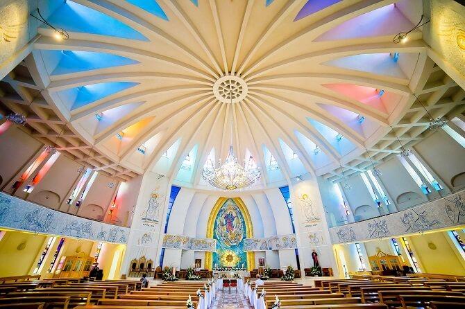 catedrala romano catolica iasi interior