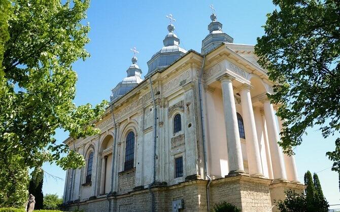 manastirea frumoasa iasi