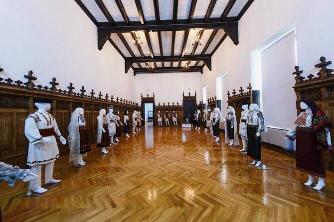 muzeul de etnografie a moldovei iasi
