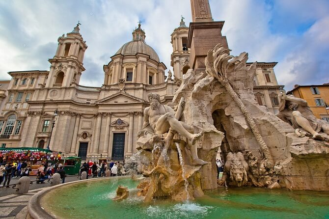 fontana dei quattro fiumi roma